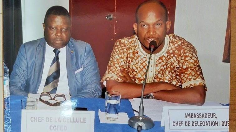 De gauche à droite: M.Alexandre Colle et M. Abdoulaye Oumar Diallo